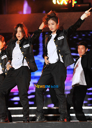 20111003_hallyudreamconcert_hyomi_3